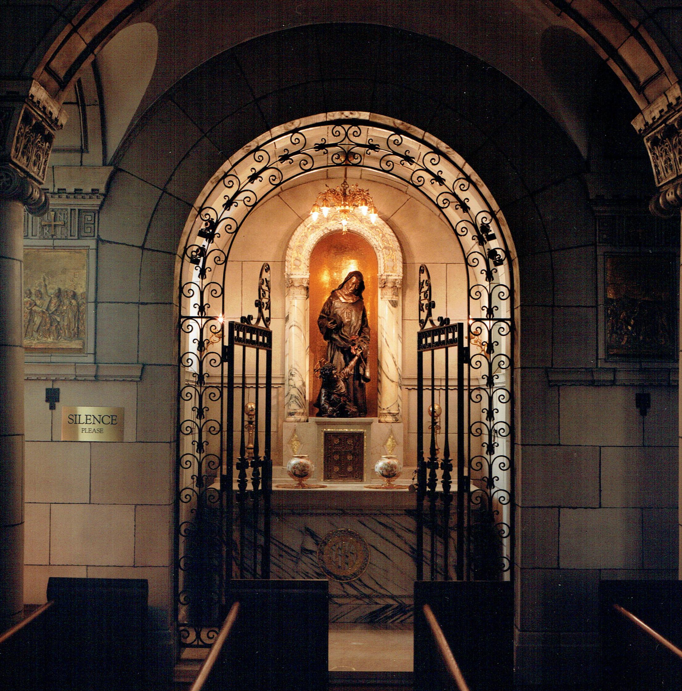 chapel interior 3